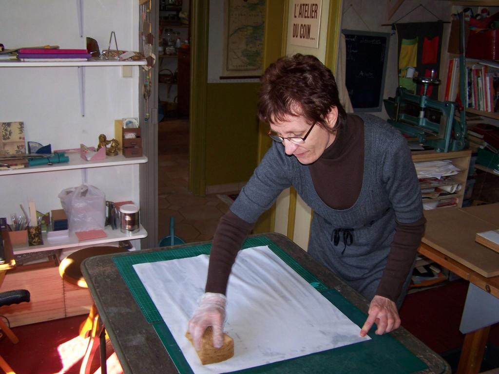 Papier marbré dans l'Atelier